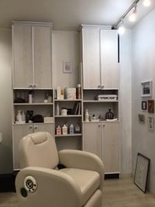 江東区住吉と菊川の間にある美容室、ヘアサロン シュガーは「プライベートサロン」インテリアにもこだわっております。